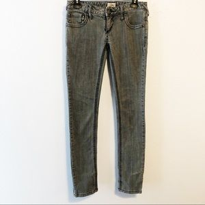 Free people skinny ankle jean gray size 25